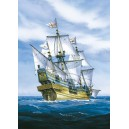1/200 Golden Hind